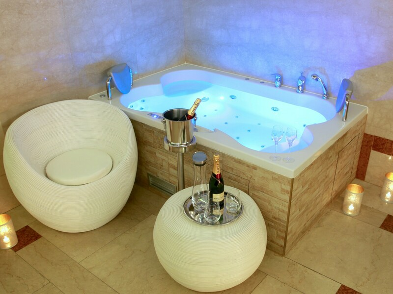 Privátní vinná koupel Praha